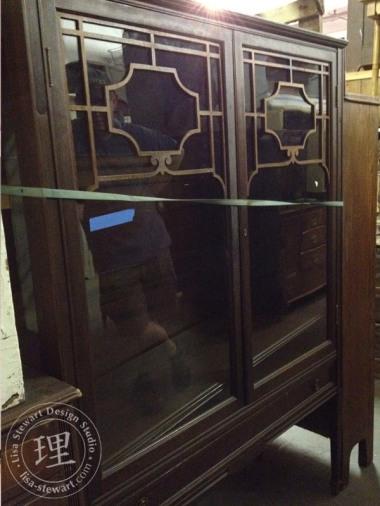 BSStudio-widesneakpeek-vert-cabinet